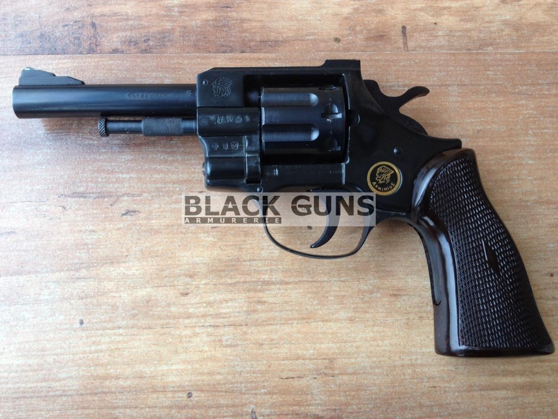 Revolver Weihrauch Arminius modèle HW5 cal 22 magnum